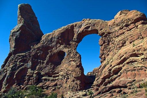 Sandstone Fin Turret Arch, Sandstone, Arches, National