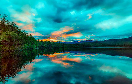 Chocoura Lake, New Hampshire, America, New England, Sky