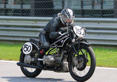 Vintage Motorcycle Race, Ariel, The Red Bull Ring
