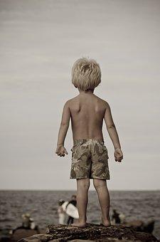Boy, Ocean, Back, Board Shorts, Surfer, Blonde, Waiting