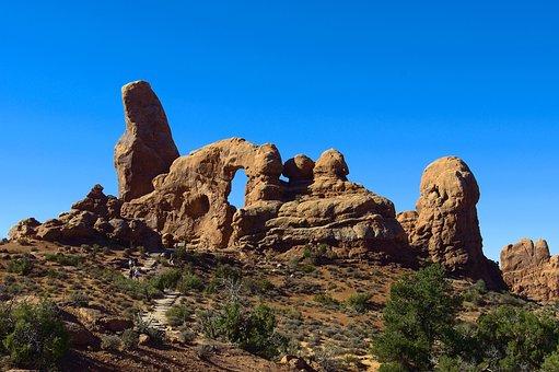 Utahs Turret Arch, Arch, Sandstone, Utah, Landscape