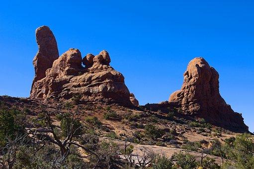 Turret Fin, Sandstone, Desert, Landscape, Scenic, Rock