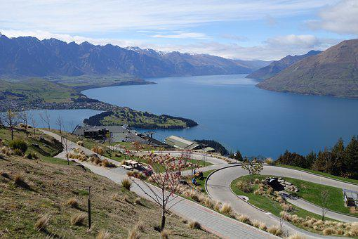 New Zealand, Queenstown, Lake Wakatipu, Skyline, Luge