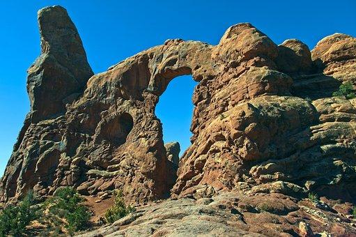 Turret Arch Formation, Arches National Park, Landscape