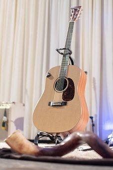 Guitar, Shofar, Music, Instruments, Show, Classic