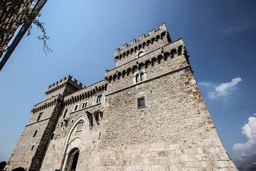 Castle, Middle Ages, Ancient, Historian