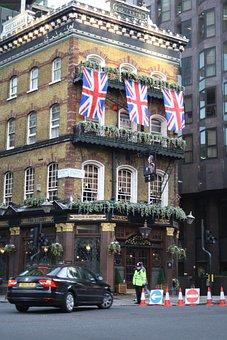 London, City, Pub, British, Building