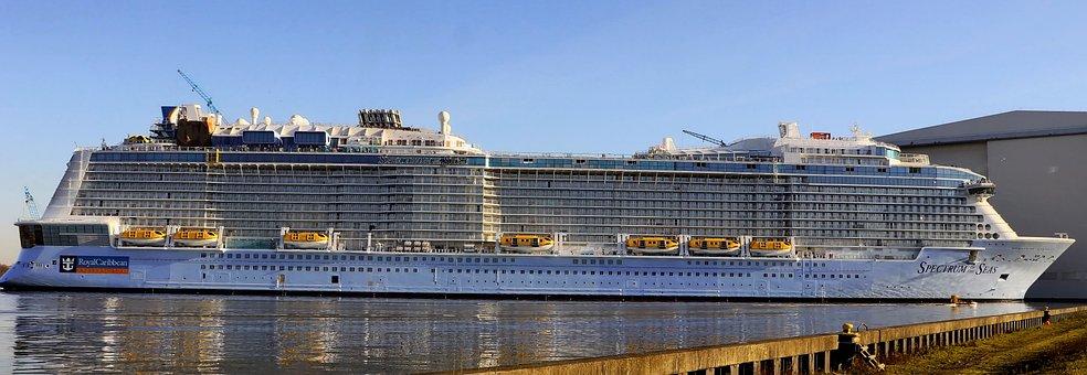 Cruise Ship, Meyer Werft, Papenburg Germany, Undocking