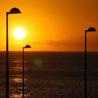 Sun, Light, Sky, Sunbeam, Lantern, Landscape, Sunshine