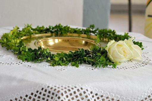 Baptismal Font, Boxwood, White Rose