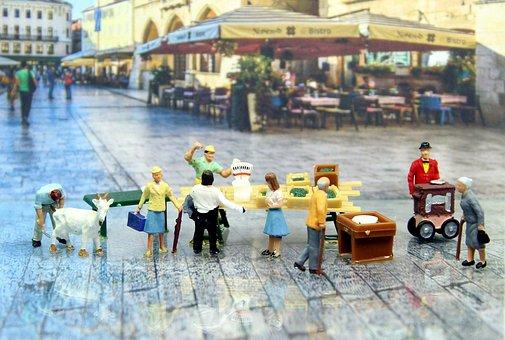 Market Day, Historic Center, Miniature Figures
