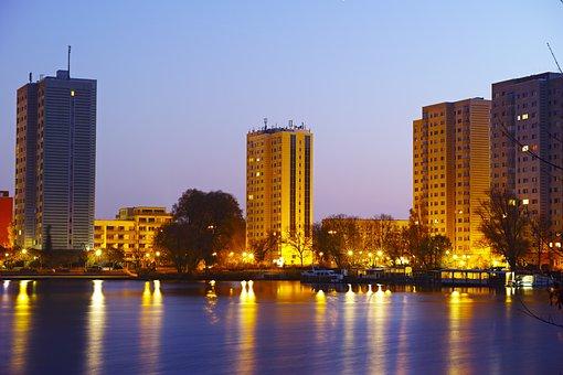 Neustaedter Havel Bay, Potsdam, Havel, Skyscraper