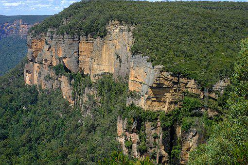 Waterfall, Govetts Leap Falls, Blue Mountains