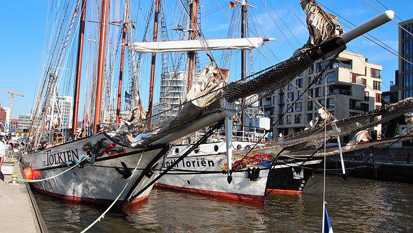 Ships, Port, Hamburg, Northern Germany, Water, Boat