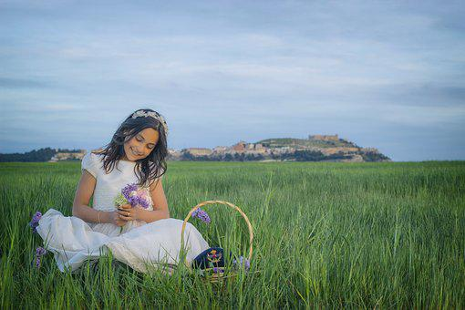 Communion, Girl, Castle, Smile, Religious, Catholic
