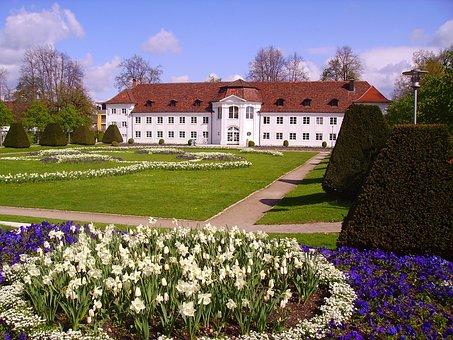 Kempten, Courtyard Garden, Orangery, Bavaria, Flowers