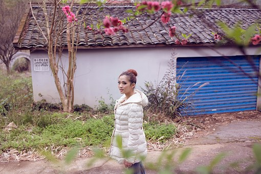Peach Blossom, Quilted Jacket, Small House, Review