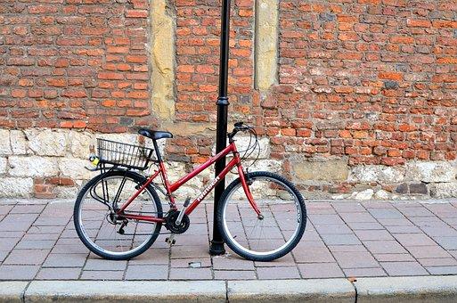 Bike, Lake Dusia, Clasp, Street, City, Kraków, Wall