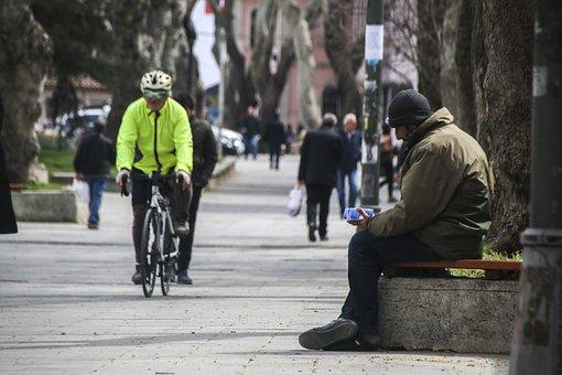 Bicycle, The Man Who Sold Kleenex, Kleenex, Eyüp Sultan
