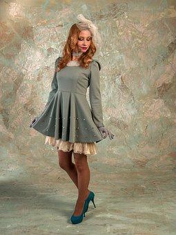 Nod, Dress, Cap, Veil, Model, Legs, Curls, Retro, Woman