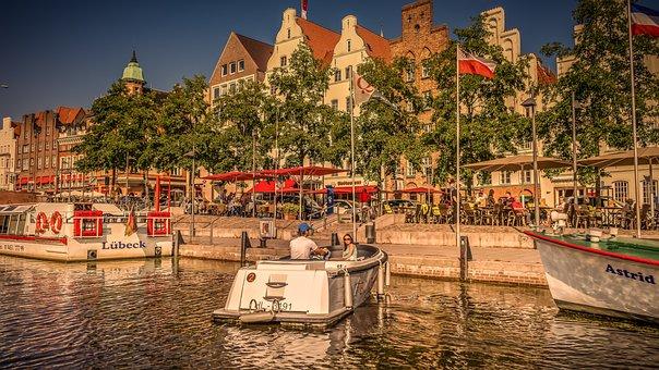 Lübeck, Historic Center, Promenade, Architecture