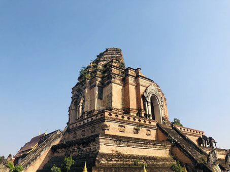 Thailand, Chiang Mai, Old Town, Wat Chedi Luang, Temple