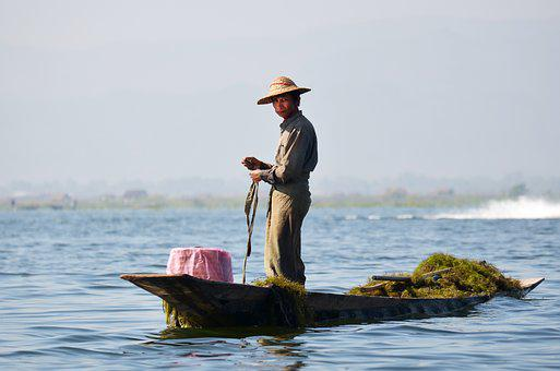 Fisherman, Inlesee, Inle Lake, Lake Inle, Bamboo Basket