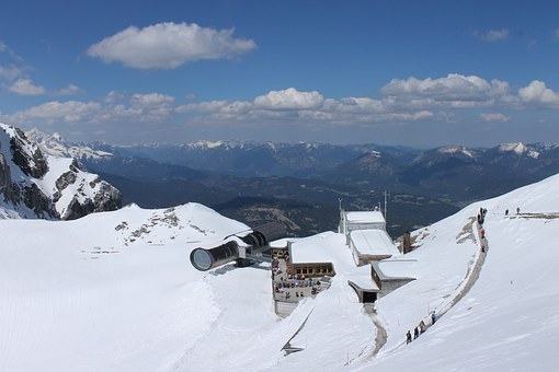Mountain Station, Karwendel, Alpine, Mountains