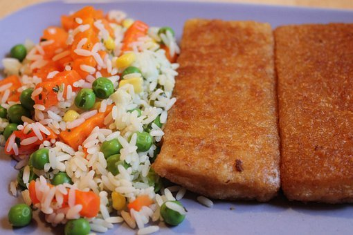 Fried Fish, Rice, Carrots, Root, Peas