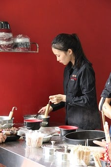 Service Industries, Catering Services, Waiter, Beauty