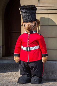 Grenadier Guards, London, United Kingdom, Guard
