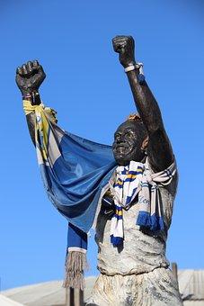 Leeds United, Elland Road, Billy Bremner, Statue