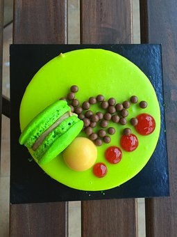 Cake, Restaurant, Amaretti Biscuits, Sweet, Green