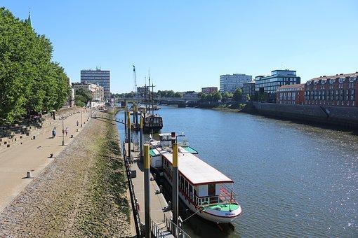 Bremen, Weser, Kill, Water, River, Ships, City, View