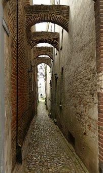 Rose, Passage, Corridor, Narrow, Arc, Wall, Bicycle