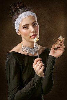 Girl, Mousetrap, Portrait, Vintage