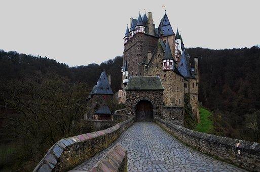 Castle, Road, Bridge, Rooftops, Moat, Vintage, Overcast