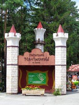 Wolfratshausen, Fairy Tale Park, Leisure, Play