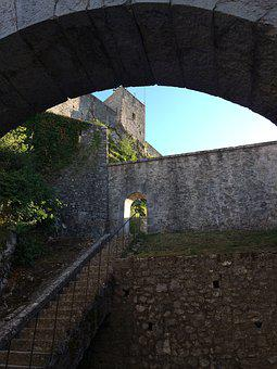 France, Castle, History, Fortress, Architecture