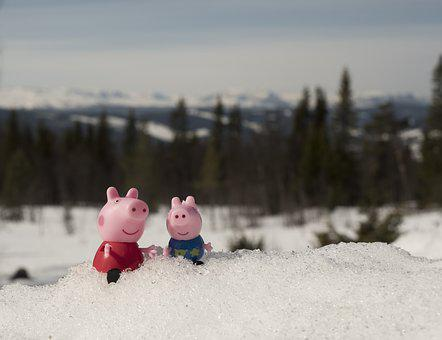 Peppa Pig, Pig, Toy, Figure, Cute, Nature, View, Snow