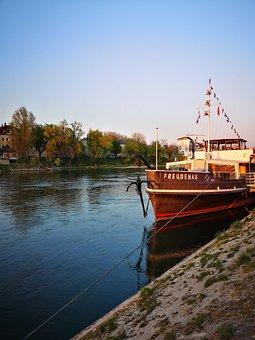 River, Danube, Ship, Boat, Germany, Regensburg, Bavaria