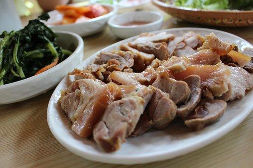 Pork, Suyuk, Easy Education, Bossam, Dining Room