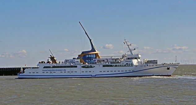 Helgoland Ferry, Departure, Cuxhaven, Elbe