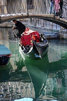 Venice, Gondolier, Gondola, Italy, Bridge, Water