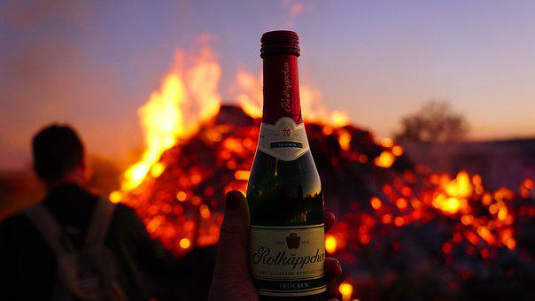 Easter Fire, Champagne, Human, Man, Hand, Woman