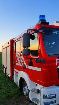 Fire Truck, Racing Car, Blue Light, Vehicle, Fire