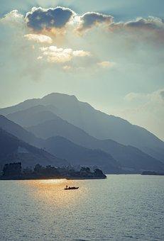 Cu De River, North, Danang, Vietnam, Sunset