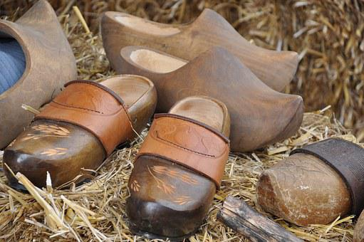 Clogs, Wooden Shoes, Farm, Kitchen, French, Straw
