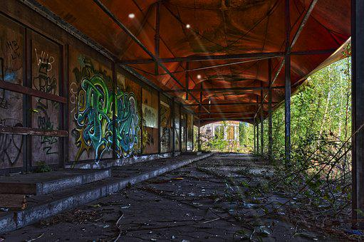 Lost Places, Tent, Break Up, Forget, Decay, Lapsed