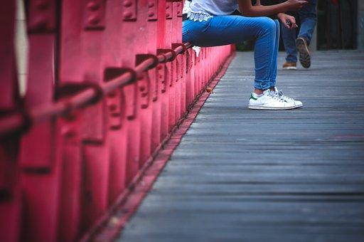 Waiting, Symbol, Bridge, Expect, Woman, Girl, Shopping